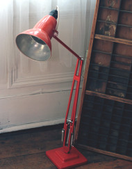 red_anglepoise